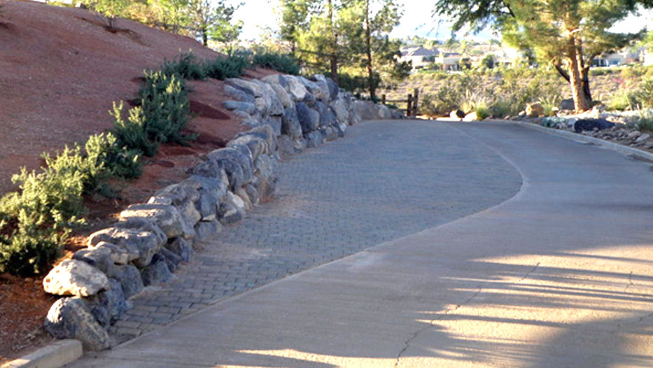 Golf Course Rock Wall Features